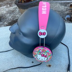 Hello Kitty Headphones 1976, 2015 Sanrio Co.